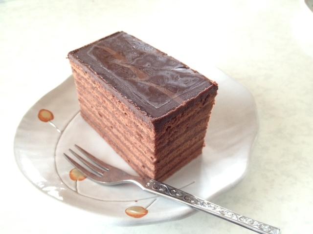 家でゆっくりチョコレートケーキ