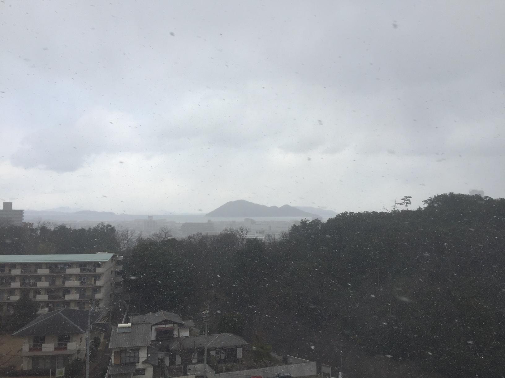天気が怪しくなってきました
