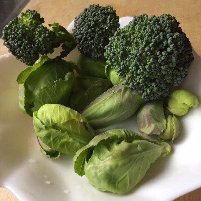 脇芽も立派な野菜なりけり