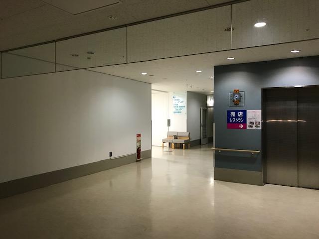夜の病院はとても静か
